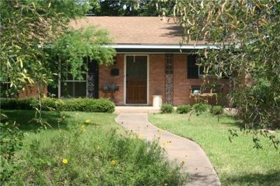 Photo of 6001 Bullard Dr, Austin, TX 78757