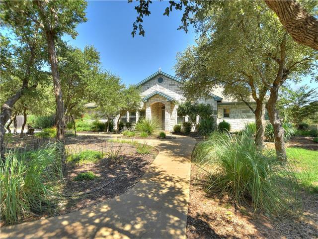 100 Circle Oaks Dr, Burnet, TX 78611