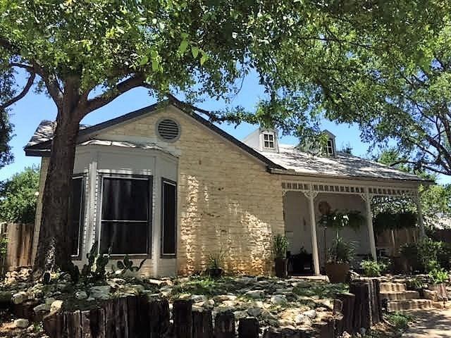 14610 Town Hill Dr, Austin, TX 78728