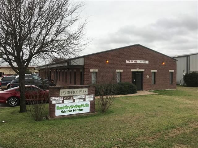 623 W Front St, Hutto, TX 78634