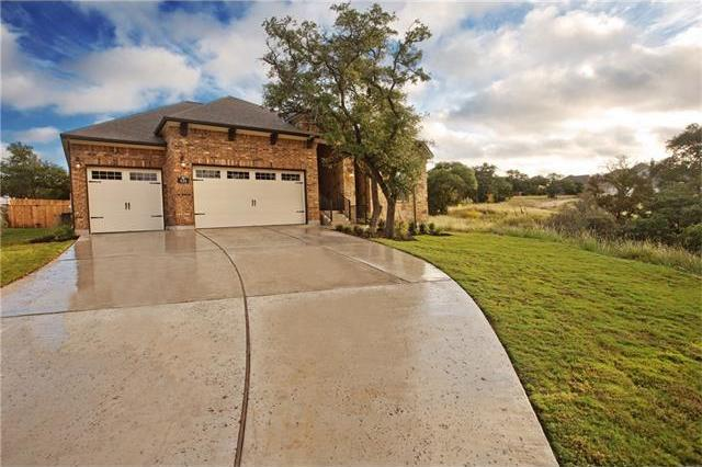 121 Royal Oak Dr, Georgetown, TX 78628