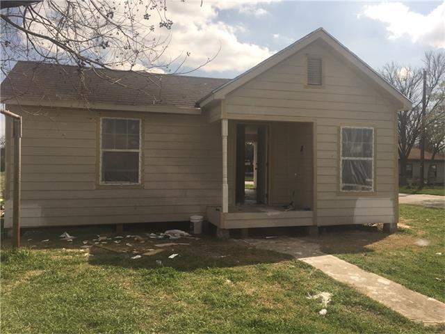 202 E Ferguson Ave, Rockdale, TX 76567