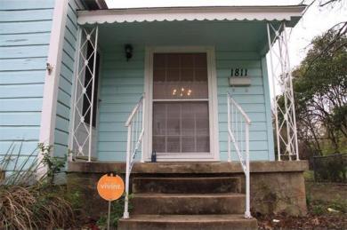 1811 Lexington St, Taylor, TX 76574