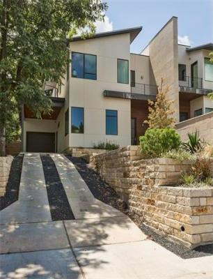 Photo of 1903A Alameda Dr, Austin, TX 78704