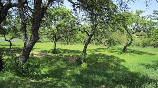 404 Hidden Hills Dr, Spicewood, TX 78669