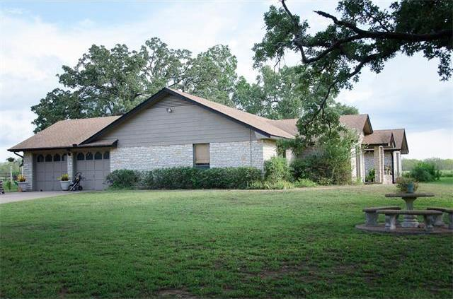 811 County Road 446, Rockdale, TX 76567