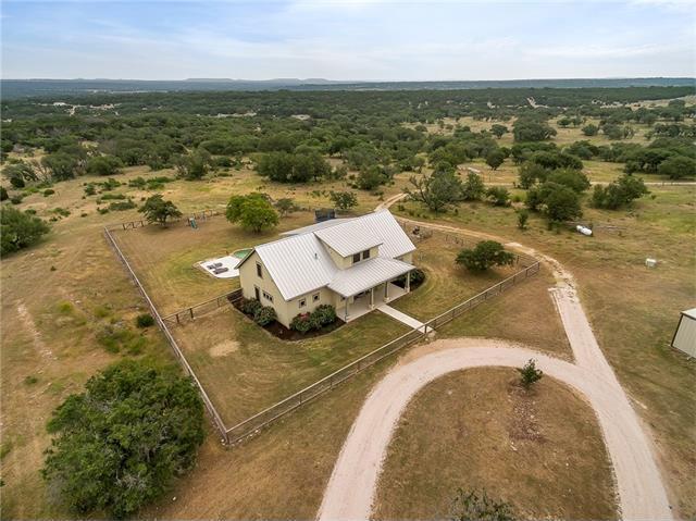 1601 County Road 220, Oakalla, TX 78608