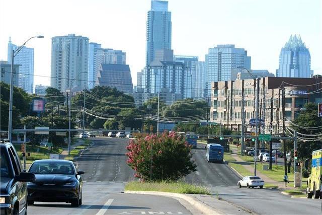 1411 Town Creek Rd #1, Austin, TX 78741