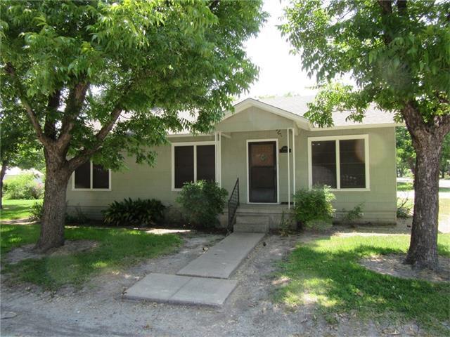 300 Guadalupe St, Granger, TX 76530