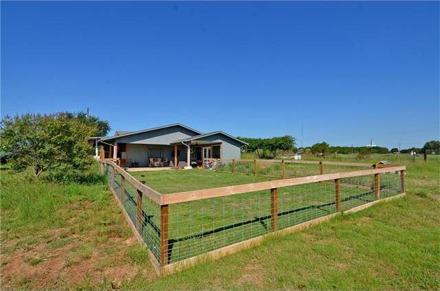 2916 County Road 322, Liberty Hill, TX 78642