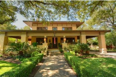 Photo of 1242 S Austin Ave, Georgetown, TX 78626