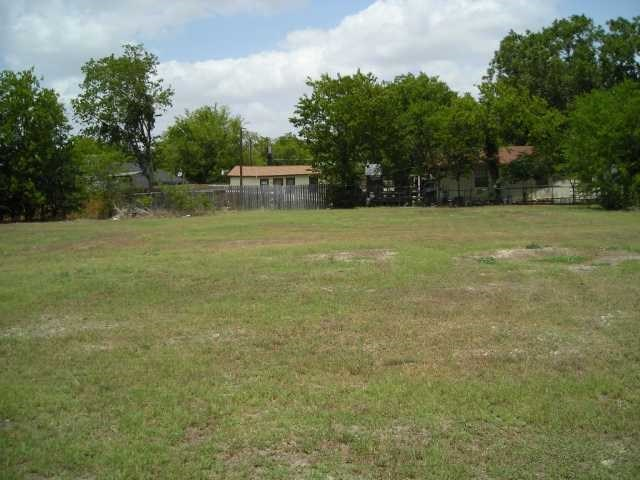 205 W Parsons St, Manor, TX 78653