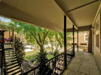 Photo of 1500 East Side Dr #213-a, Austin, TX 78704