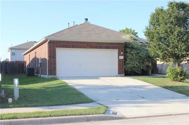 715 Los Robles Rd, Leander, TX 78641