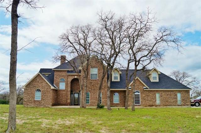 329 Flash Cir, Luling, TX 78648