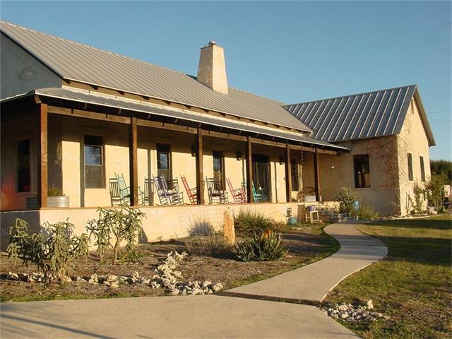 424 Hidden Creek Dr, Dripping Springs, TX 78620