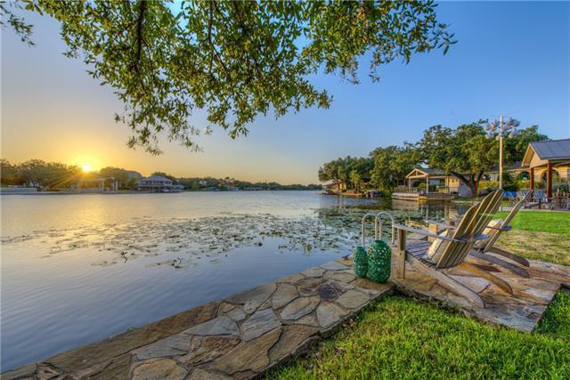 602 Red Sails, Horseshoe Bay, TX 78657