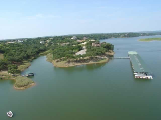 309 Harbor Dr, Spicewood, TX 78669