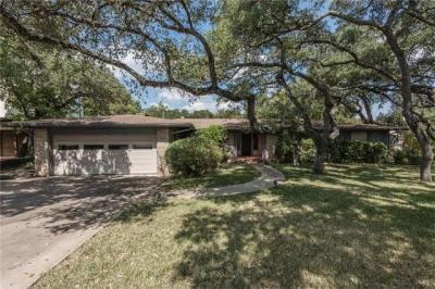 Photo of 4700 Ridge Oak Dr, Austin, TX 78731