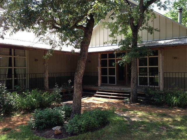 188 Dos Cortes, Smithville, TX 78957