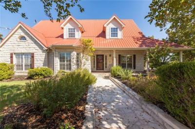 Photo of 351 Laurel Crk, Hutto, TX 78634