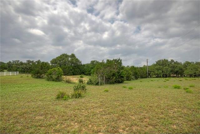 9000 Settlers Trl, Dripping Springs, TX 78620
