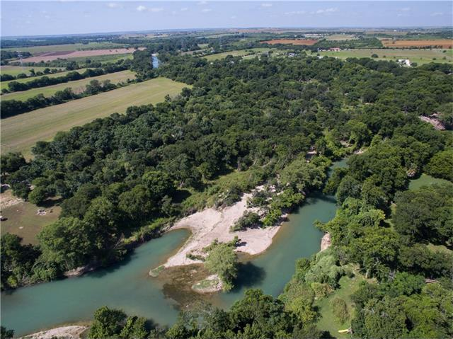 SE River Rd, Martindale, TX 78655