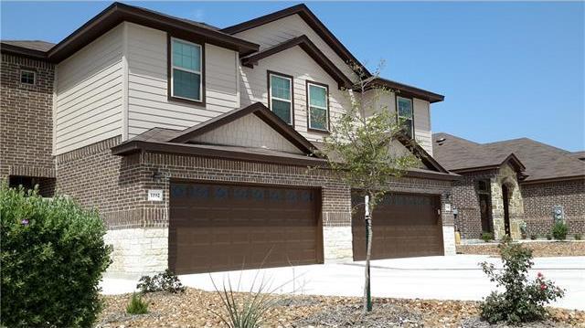 319 & 323 Creekside Curv, New Braunfels, TX 78130