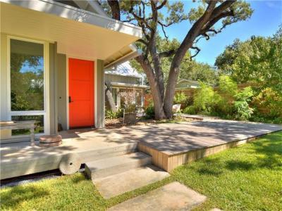 Photo of 908 Juanita St, Austin, TX 78704
