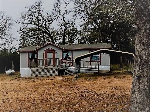686 Pine Valley Loop, Smithville, TX 78957