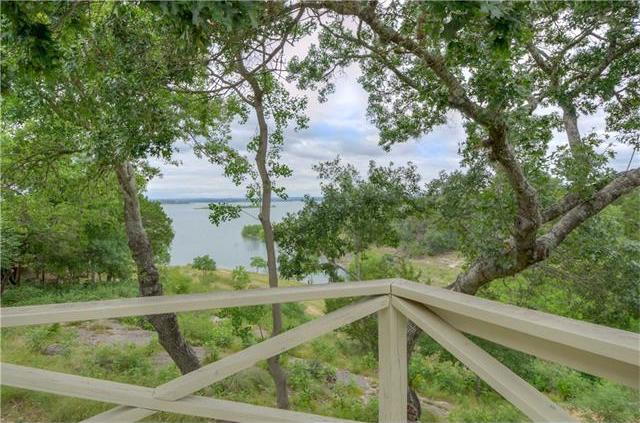 665 Cindy Dr, Canyon Lake, TX 78133