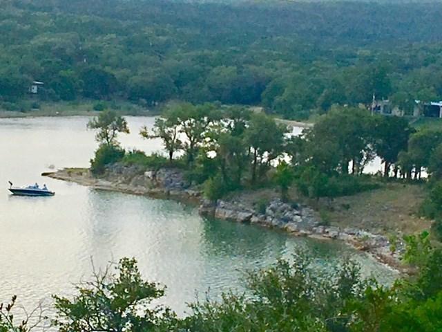 19805 Lakehurst Loop, Spicewood, TX 78669