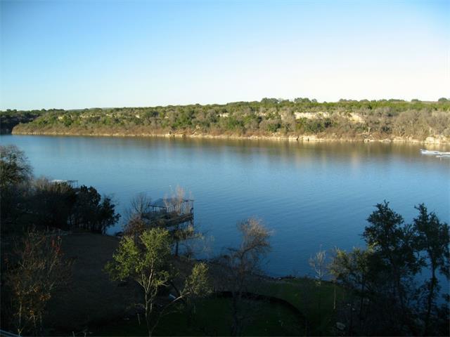 1229 Lake Shore Dr, Spicewood, TX 78669