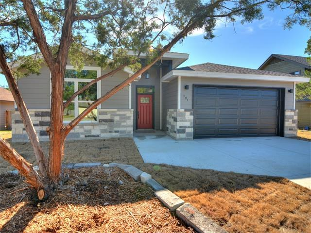 201 Summit Ridge Dr, Point Venture, TX 78645