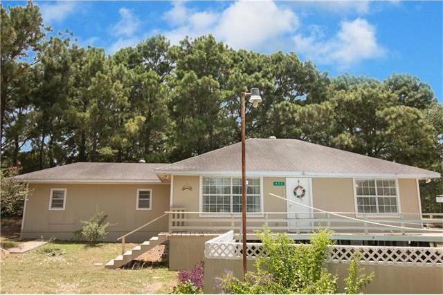 426 Blue Stem Rd, Seguin, TX 78155