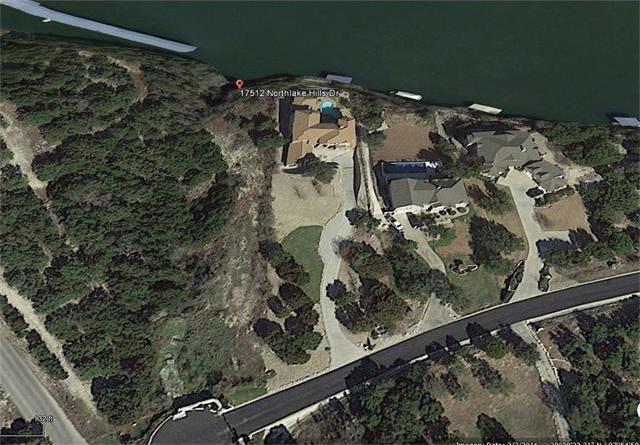 17512 Northlake Hills Dr, Jonestown, TX 78645
