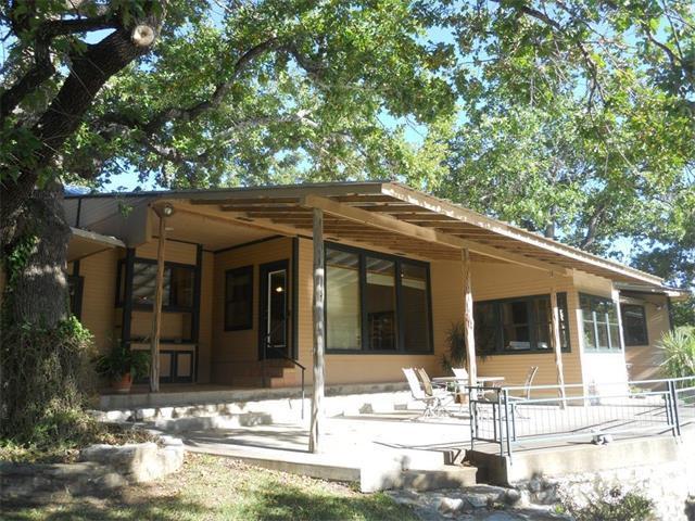 1104 Hill Circle West, Granite Shoals, TX 78654
