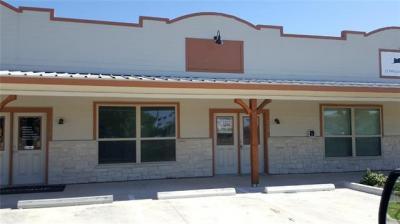 Photo of 101 E Front St, Hutto, TX 78634