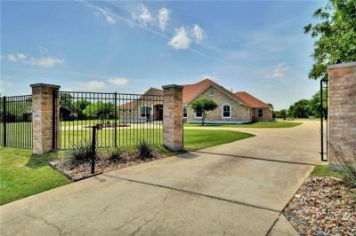 Photo of 2400 Mayfield Dr, Round Rock, TX 78681