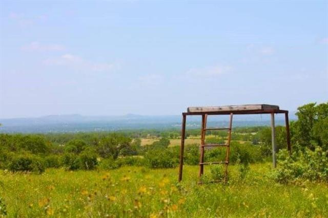 90 Summit Ridge Trail, Johnson City, TX 78636