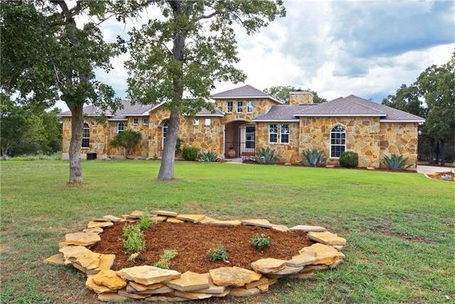 136 Eight Oaks Dr, Bastrop, TX 78602