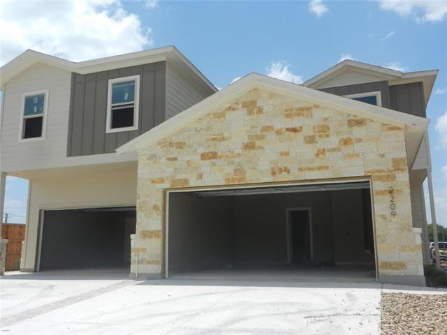 2207 & 2209 Avery Vlg, New Braunfels, TX 78130
