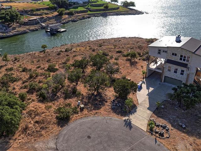 3002 Point Cv, Lago Vista, TX 78645