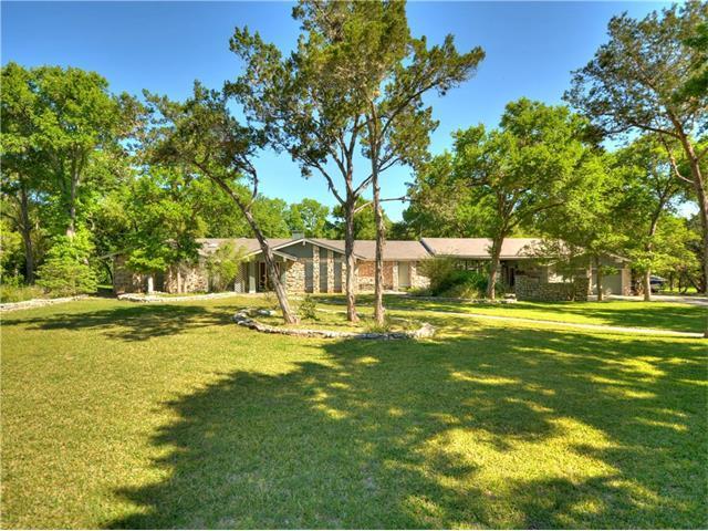739 Willow Creek Cir, San Marcos, TX 78666