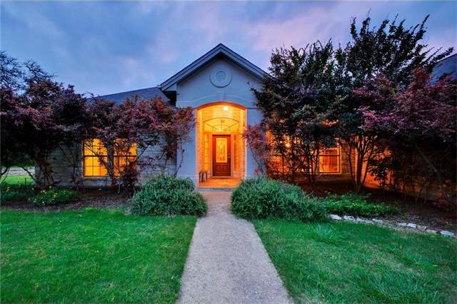 226 Lone Wolf Ct, Dripping Springs, TX 78620