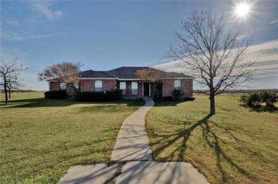 Photo of 1335 County Road 134, Hutto, TX 78634