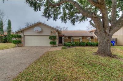 Photo of 10710 School House Ln, Austin, TX 78750