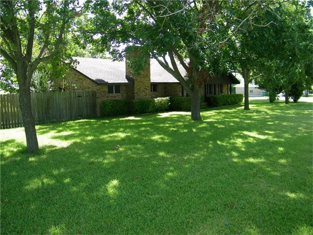 1911 Old Coupland Rd, Taylor, TX 76574