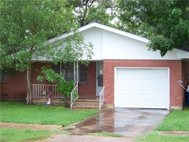 235 N Evie St, Bartlett, TX 76511