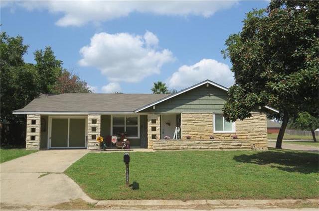 1702 Alcoa Ave, Rockdale, TX 76567